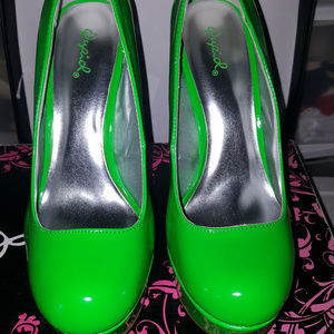 new size 9 quipid heels